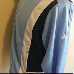 Women's adidas zip up 🤩🤩
